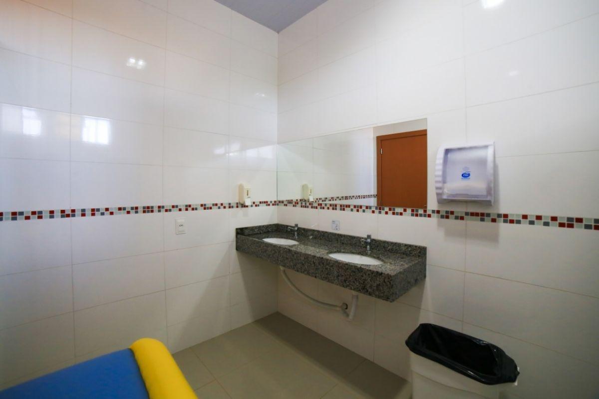 Banheiro de sala - Adequada à faixa etária
